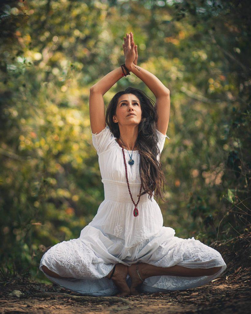Le yoga pour travailler la respiration thoracique